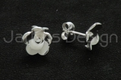 13045 Water lily -earrings v2